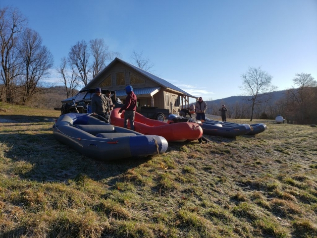 Wilderness Camp, Aire, Maravia, Rafts